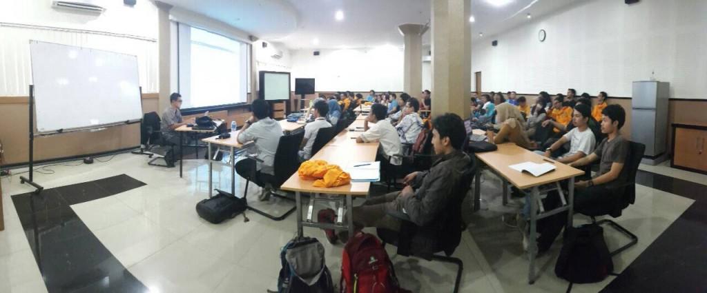 Suasana workshop bersama Pak Dasapta Erwin Irawan